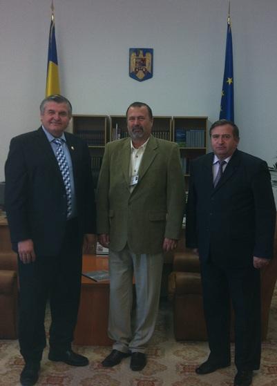 Deputat Mircea Lubanovici, John I. Banu, deputat Mihai Deaconu